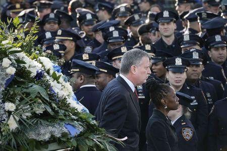 Was it wrong for the NYPD to turn their backs on their Mayor?